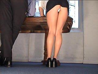Hawt Secretary Flashing Darksome Mini White Pants Upskirt