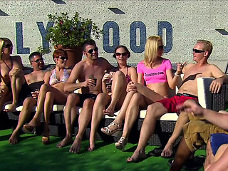 Group of perverted MILFs enjoyed a passion group sex