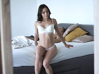 A steamy morning fuck with Anastasia Brokelyn and that girl is sexy as fuck