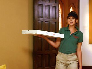 Big-boobied MILF has an affair with pizza courier