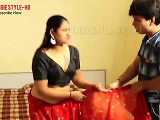 Indian desi bhabhi fucked at home alone with her neighbor hd