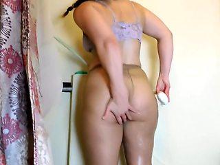 Pantyhose Shower Milf