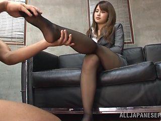 Feet licking and pussy drilling from behind makes sexy Sumire cum