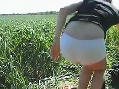 Clip 13An - Annis Outdoorspanking