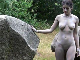 Dolmen woman