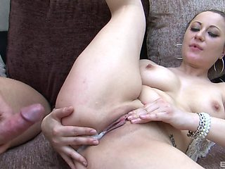 After a blowjob Lara Jade Deene wants to get creamed pussy by her lover