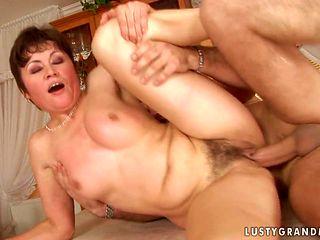 Mature finds herself sucking mans rock hard man meat