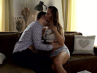 After kissing stud Czech gal Naomi Bennett gives stud impressive ride