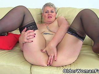 Auntie Trisha - British Mature Candy Cummings Masturbates On Sofa