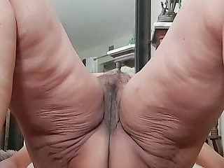 Fuck me this way! Panties going to new home! Mature woman