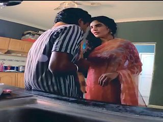 Naxed movie RGV hot scene huge boobs sweety saree