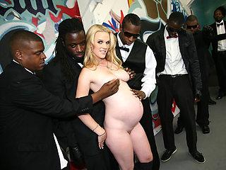 Pregnant woman suck and fuck black cocks