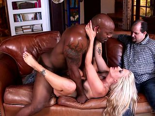 Blonde with big jugs gives it to hot dude and makes him unload his gun