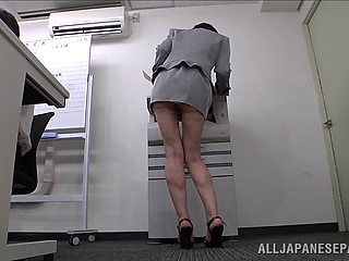 Japanese secretary Ryo Tsujimoto loves teasing with her ass
