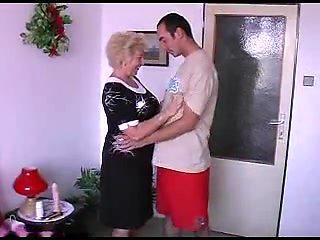 Blond Amateur Granny