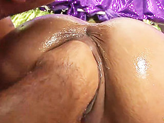 oiled busty Milf deep fisting