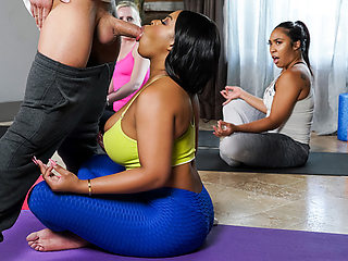 Aryana Adin & Xander Corvus in Focus On Your Body - BRAZZERS