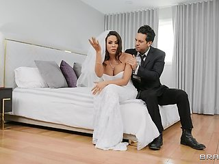 Bride to be gets once last chance to fuck the best man