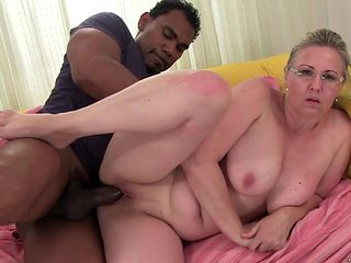 Blonde slut drops on her knees to take guy's man meat deep down her throat