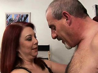 Fat girl seduces pretty chap to gang bang her very well