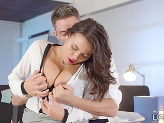 Slutty secretary Vanessa Decker in stockings loves to have sex at work