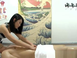 Asian masseuse cockriding and jerking
