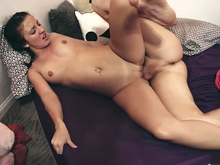Brother saw his stepsister naked, and began to fuck her