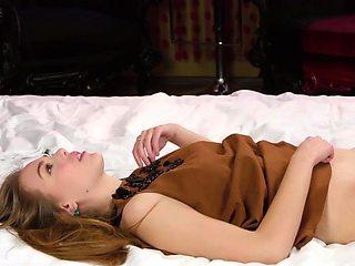 Cute Alesya Gagarina gets light-headed from pussy licking