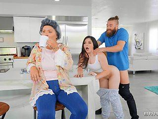 Teen slut works cock like she's a porn diva