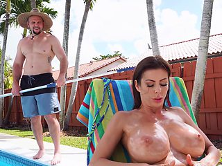 Hung pool cleaner fucks stacked MILF stunner Alexis Fawx