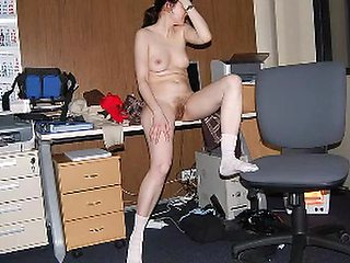 DID YOU HAVE A GOOD DAY AT THE OFFICE, DEAR?