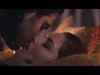 Sunny leone hot sexy romantic unbleavable scene 18+