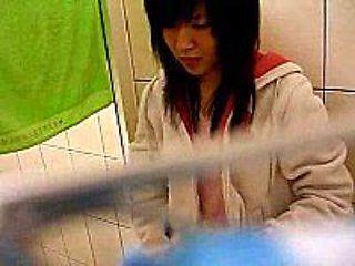 taiwan girl showering show