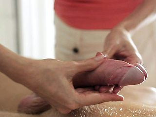 Samantha is used to giving erotic oil massages to hot guys,