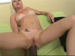 Jayda Diamonde gapes her ass with a big brutal dildo