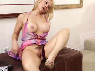 Babe watched during fuck