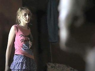 Agnieszka Pawelkiewicz in 'Zabic Bobra' (2012)