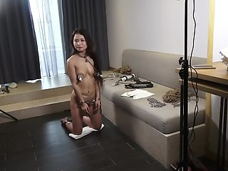 Chinese BDSM Threesome in Hotel