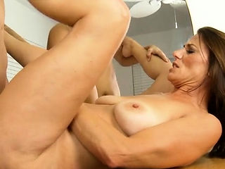 Wet mom groans with enjoyment getting fingered and pounded