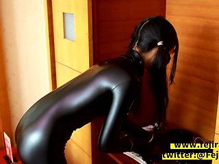Fejira com Catsuit girl – self bondage and kink