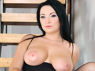 Beautiful housewife with big natural boobs pickup black guy