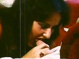 Classic 1973 - Sex Mood Ring - 01