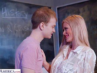 Sexy Teacher Fucks The Luckiest Nerd - Casca Akashova