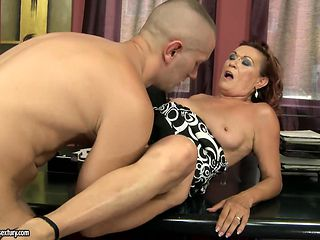 Mature sweetie gets her mouth attacked by guy's thick hard schlong