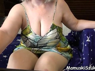 Mature BBW with a big ass masturbates in front of webcam