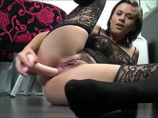 ALIVEGIRLnet Sexy DaisyLynn loves smoking assfucking masturbating n squirting