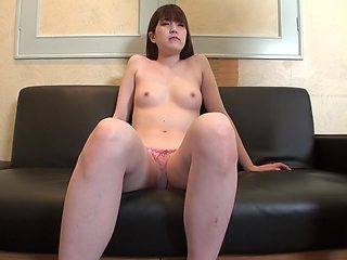 First Shot Complete Appearance Tall Active Jd Beauty Secretly Daddy Life Has Been Disturbed By Noisy Sex