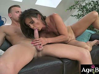Luscious granny Mariana got her vintage pussy drilled by young Joshua