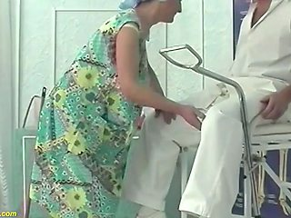 ugly hairy 85 years old mom fisted by her doctor