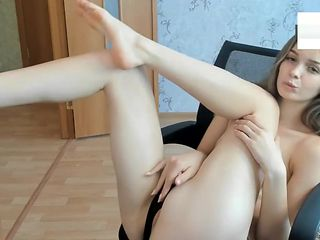 yesonee feet tease & suck